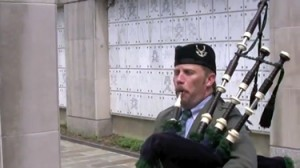 Bagpiper Memorial Services Amazing Grace Arlington National Cemetery